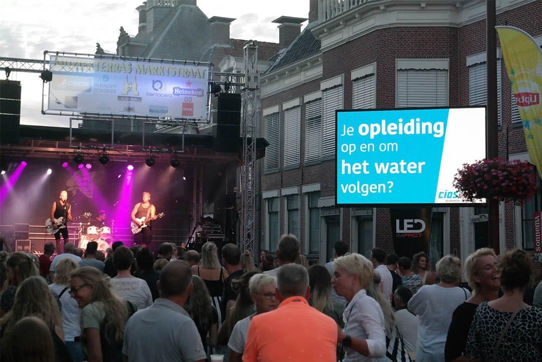 Friesland college spreekt doelgroep aan op LED scherm-1080px