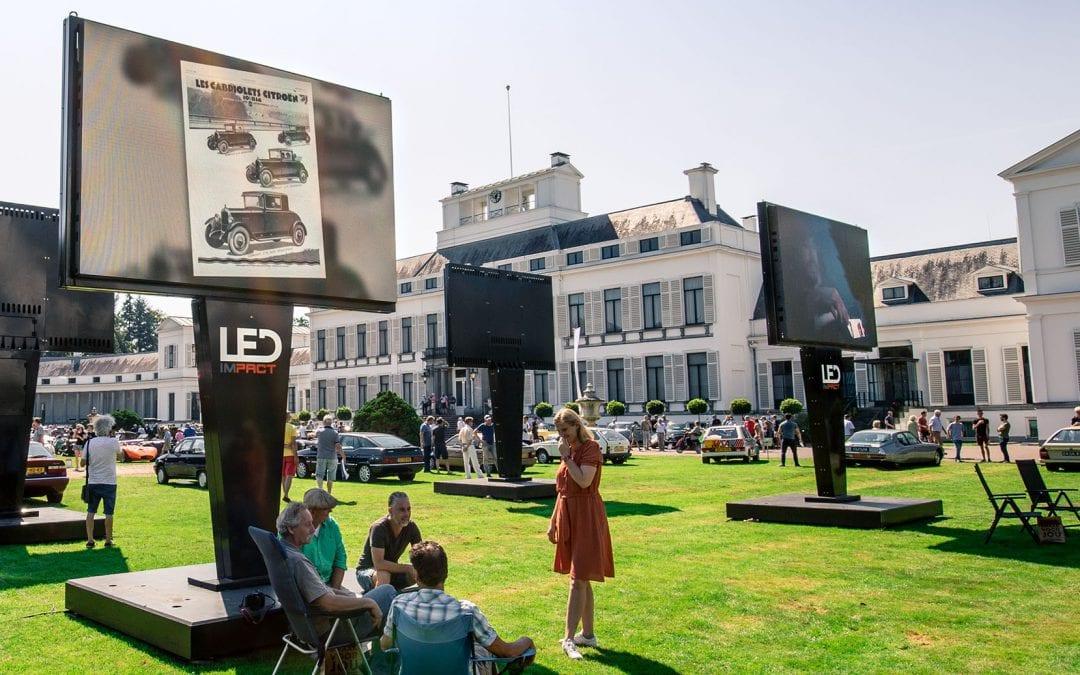 Paleis Soestdijk straalt met LED schermen tijdens Concours d'Elegance